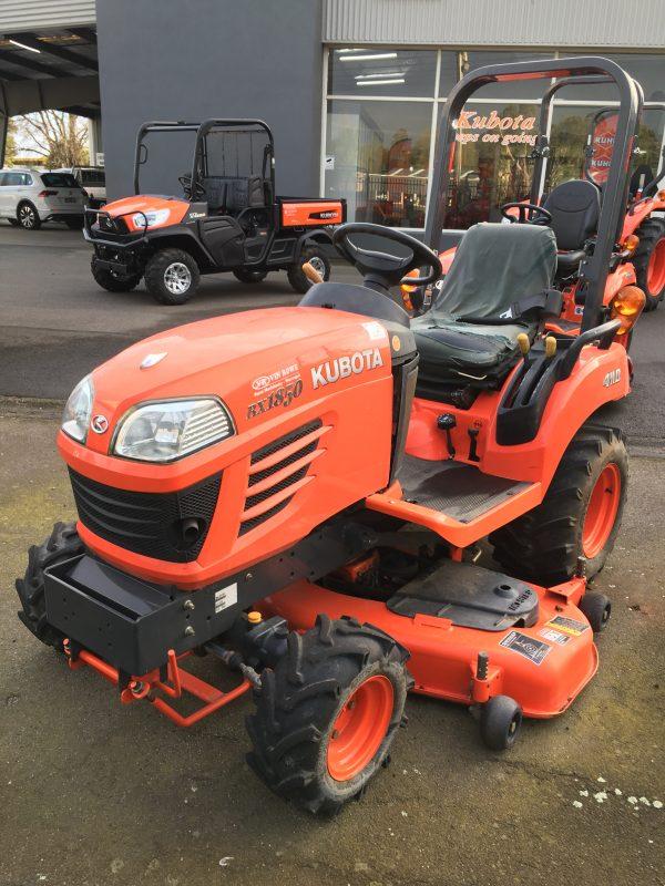 IMG 0282 600x800 - Kubota BX1850D Tractor