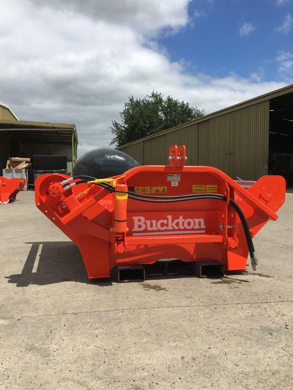 IMG 5593 600x800 - Buckton Bale Feeders
