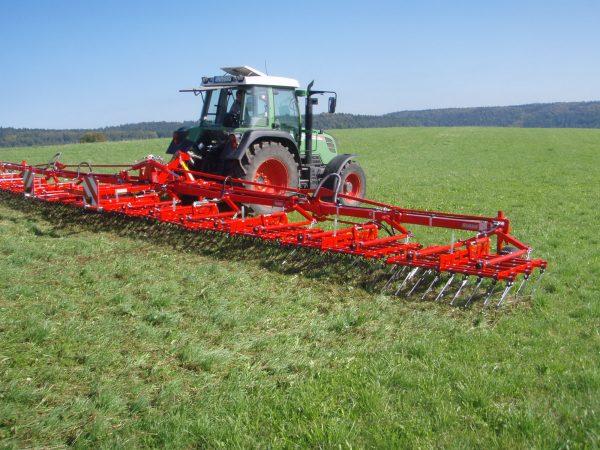 grass manager 25 20131006 1836317261 600x450 - Einboeck Grass-Manager