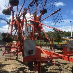 IMG 0525 300x300 - Kuhn GA7301 Twin Rotor Rake